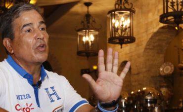 """Jorge Luis Pinto: """"El árbitro cubano ante Panamá daño totalmente el espectáculo"""""""