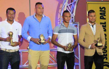 En una elegante gala, Liga Nacional premió a los jugadores más destacados de la temporada 2015/16