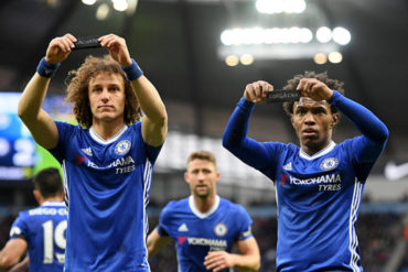 David Luiz y Willian tuvieron emotivo festejo por Chapecoense