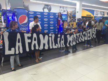 Motagua todavía siguen festejando el título 14 con su fiel afición