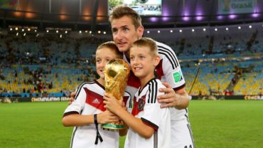 Klose, un gol histórico en un partido inolvidable