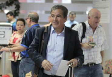 Jorge Luis Pinto se hizo presente en amistoso entre EE.UU. y Serbia