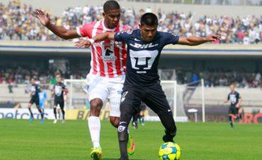 Beckeles fue titular en la derrota del Necaxa ante los Pumas
