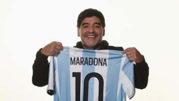 Maradona, encantado de colaborar con la FIFA