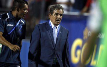 """Pinto: """"Pedí fútbol con la pelota al píe y así lo hicieron, estoy contento con mis jugadores"""""""