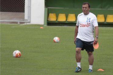Carlos Tábora, octavo entrenador en conquistar una clasificación Mundialista