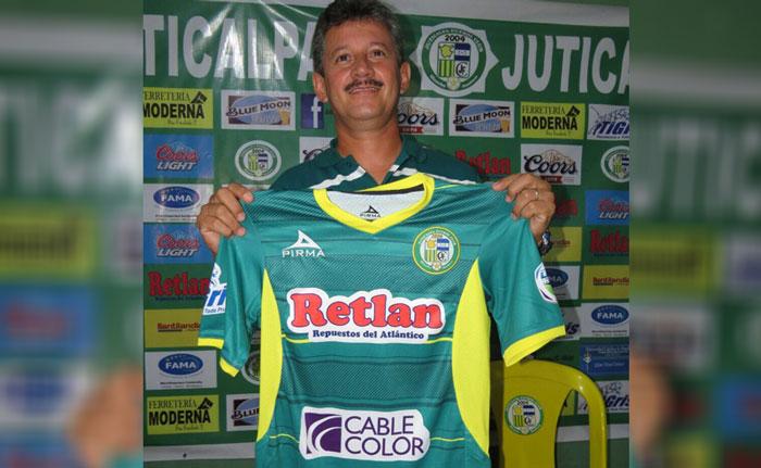 Mauro Reyes fue presentado hoy como nuevo entrenador del Juticalpa FC
