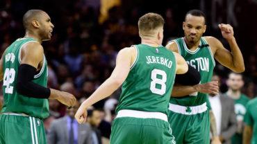 Celtics sorprendieron y acabaron con invicto de Cavs en playoffs