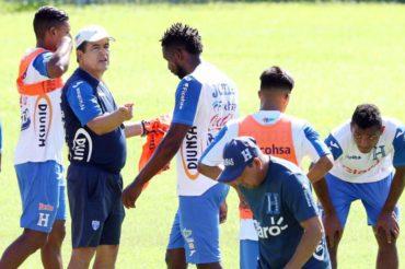 """Johnny Palacios: """"Contra México y Panamá nos jugamos gran parte de la clasificación al Mundial"""""""