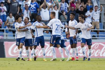 """""""Choco"""" Lozano a un paso del ascenso en España con el Tenerife"""
