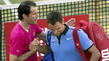 Roger Federer perdió en su regreso a la competición