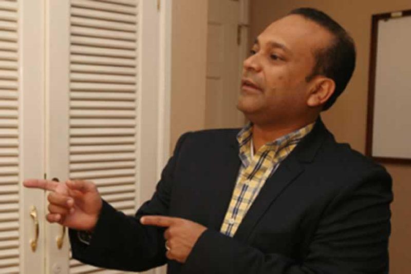 Preocupación en el Vida, Renunció a la presidencia José Galdámez