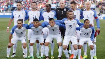 Bruce Arena, convocó a 26 jugadores para enfrentar a Honduras