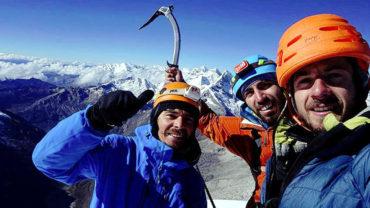 Dos alpinistas chilenos y un ruso mueren en nevado de Perú