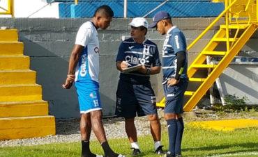 """Pinto: """"Aún no descartamos a Costly, ya hable con el y vamos a ayudarle en su recuperación"""""""