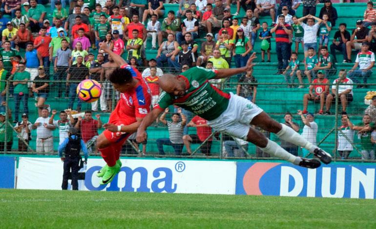 En un partido vibrante, Marathón venció al Olimpia en San Pedro Sula