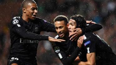 """Neymar: """"Es más fácil jugando con Cavani y Mbappé"""""""