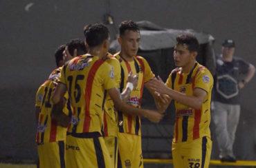 En un emocionante juego, Real España venció al Honduras Progreso