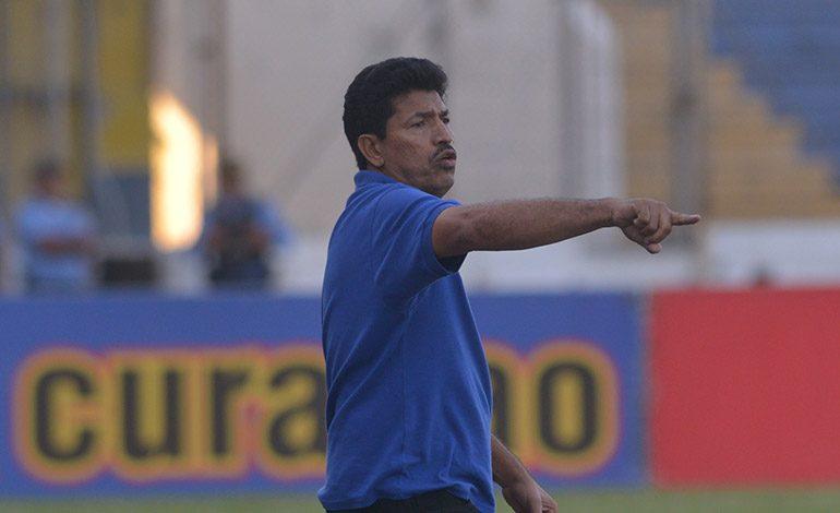 El entrenador, Carlos Martínez determinó renunciar a su cargo en la Real Sociedad