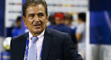 """Jorge Luis Pinto: """"Yo tengo una idea muy clara sobre la selección de Australia"""""""