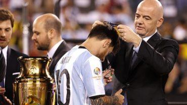 """Infantino: """"Sería injusto que Messi se retirara sin ganar un Mundial"""""""