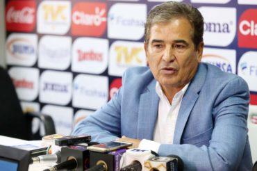 """Jorge Luis Pinto: """"No hemos ganado nada, vamos a luchar contra Australia para ir al Mundial"""""""
