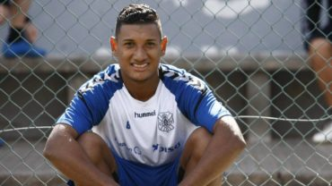 Brayan Acosta aún no se presenta a su equipo Tenerife