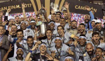 Gremio sometió a Lanús y es campeón de Libertadores por tercera vez