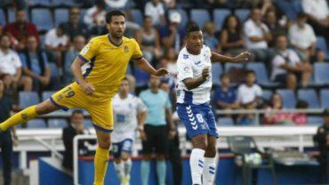 Bryan Acosta fue expulsado ante el Sporting Gijón