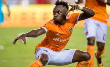 Monterrey y Houston Dynamo acordaron venta de Alberth Elis