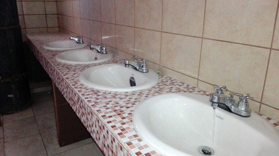 ¡POR FIN! Restauran los baños del Estadio Nacional de Tegucigalpa