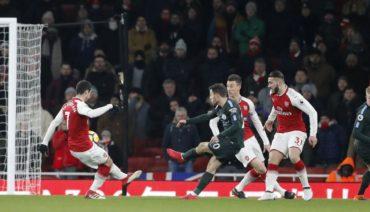Manchester City vence 2-0 al Arsenal y empieza con pie derecho la Premier