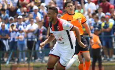 Alexander López le da el triunfo a la liga deportiva Alajuelense