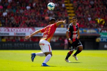 Liga Deportiva Alajuelense pierde ante Herediano y se queda sin final en Costa Rica