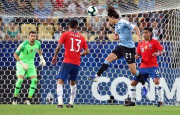 Uruguay venció a Chile y se enfrentará a Perú en cuartos de final de la Copa América