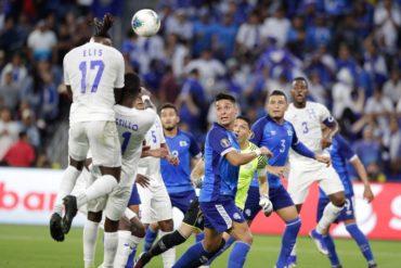 Honduras cerró su participación de la Copa Oro con una goleada (4-0) a El Salvador